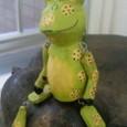 バリのブラブラ蛙